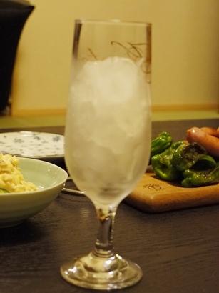 グラスを冷やす.JPG